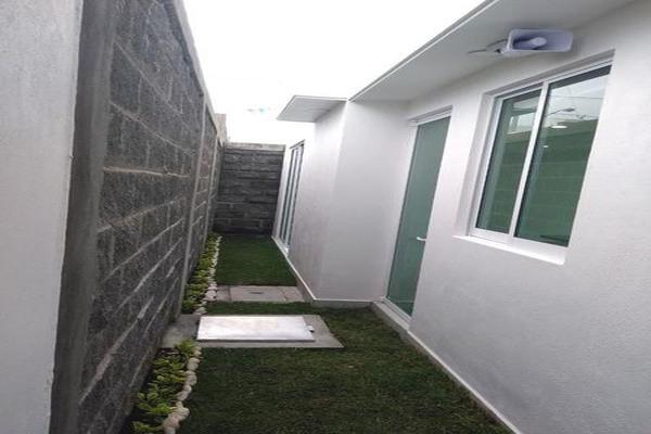 Foto de casa en venta en  , san juan cuautlancingo centro, cuautlancingo, puebla, 8013602 No. 03