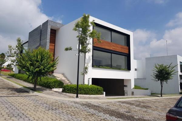 Foto de casa en venta en  , san bernabe temoxtitla, ocoyucan, puebla, 8843967 No. 01