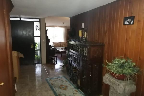 Foto de casa en venta en  , san lorenzo tepaltitlán centro, toluca, méxico, 9249344 No. 02