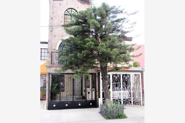 Foto de casa en venta en san lucas evangelistas 4058, lomas de san miguel, san pedro tlaquepaque, jalisco, 2710732 No. 01