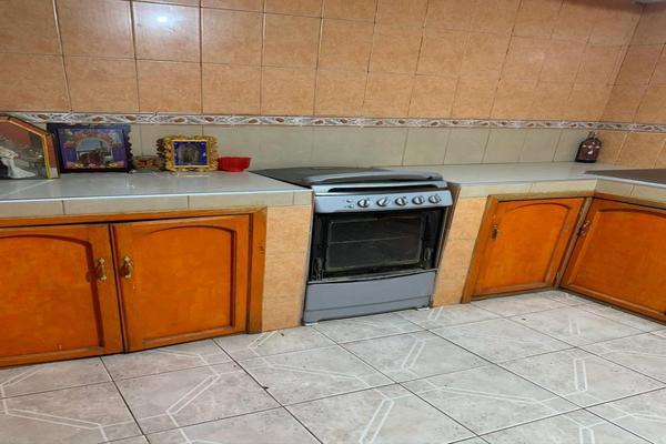 Foto de casa en venta en san luis de la paz , villas del parque, salamanca, guanajuato, 12500187 No. 02