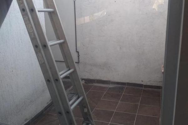 Foto de casa en venta en  , san luis, san luis potosí, san luis potosí, 12266040 No. 02