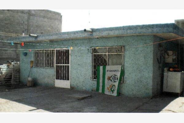 Foto de casa en venta en  , san luis, torreón, coahuila de zaragoza, 2660468 No. 02
