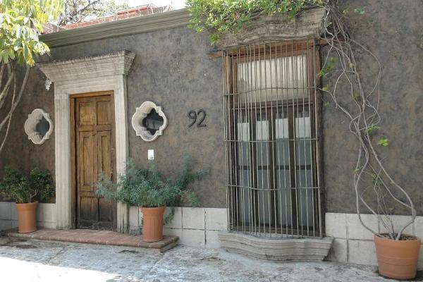 Foto de casa en venta en  , san miguel acapantzingo, cuernavaca, morelos, 3415215 No. 01