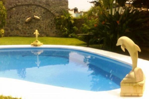 Foto de casa en venta en  , san miguel acapantzingo, cuernavaca, morelos, 6154801 No. 01