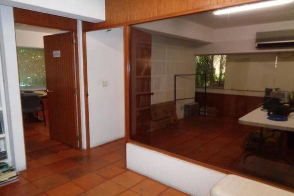 Foto de oficina en venta en  , san miguel acapantzingo, cuernavaca, morelos, 9915036 No. 01