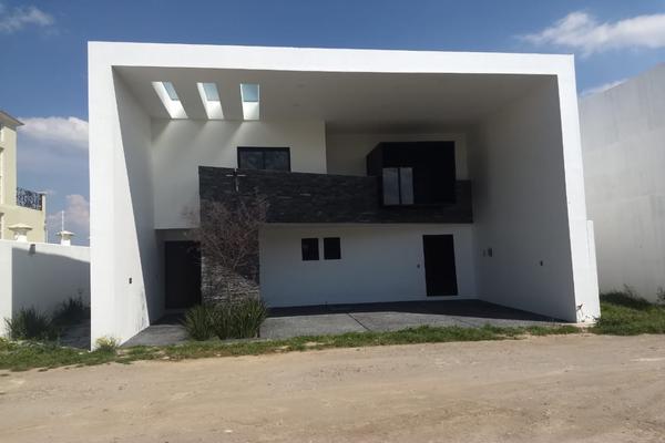 Foto de casa en venta en  , san miguel totocuitlapilco, metepec, méxico, 9962305 No. 01