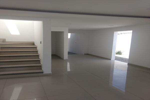 Foto de casa en venta en  , san miguel totocuitlapilco, metepec, méxico, 9962305 No. 03