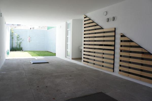 Foto de casa en venta en  , san miguel zinacantepec, zinacantepec, méxico, 7466237 No. 02