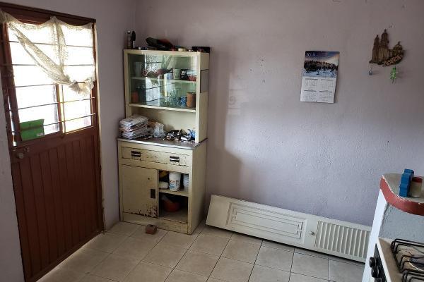 Foto de casa en venta en  , san nicolás de los garza centro, san nicolás de los garza, nuevo león, 14037780 No. 02