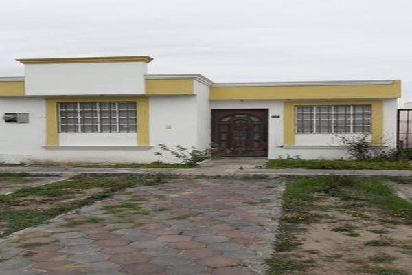 Foto de casa en venta en  , san nicolás de los garza centro, san nicolás de los garza, nuevo león, 7960445 No. 01