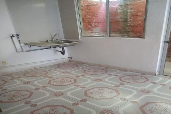 Foto de casa en venta en  , san pablo de las salinas, tultitlán, méxico, 0 No. 03