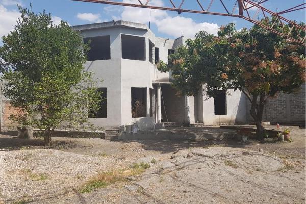 Foto de casa en venta en  , nueva san josé, cuautla, morelos, 8856519 No. 01