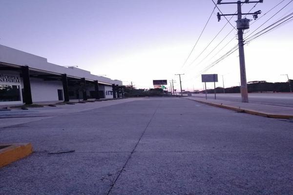 Foto de local en renta en  , san pedro cholul, mérida, yucatán, 18639707 No. 01