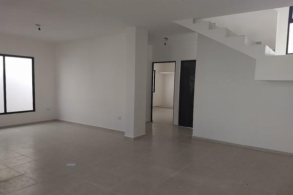 Foto de casa en venta en  , san pedro cholul, mérida, yucatán, 5855735 No. 02
