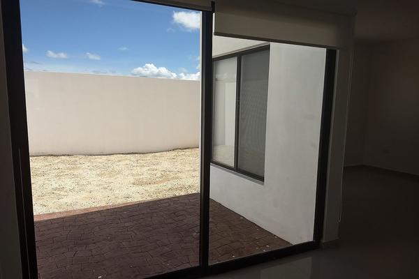 Foto de casa en venta en  , san pedro cholul, mérida, yucatán, 5876383 No. 02