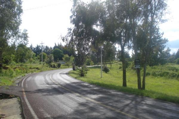 Foto de terreno habitacional en venta en  , san pedro pareo, pátzcuaro, michoacán de ocampo, 2631360 No. 02