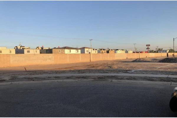 Foto de terreno habitacional en venta en  , san pedro residencial segunda sección, mexicali, baja california, 18539530 No. 03