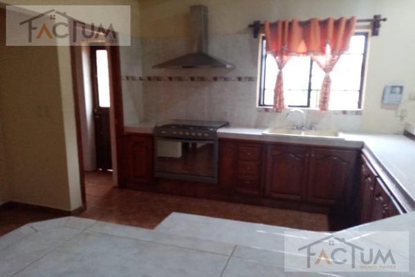 Foto de casa en venta en  , san pedro, santiago, nuevo león, 17807610 No. 12