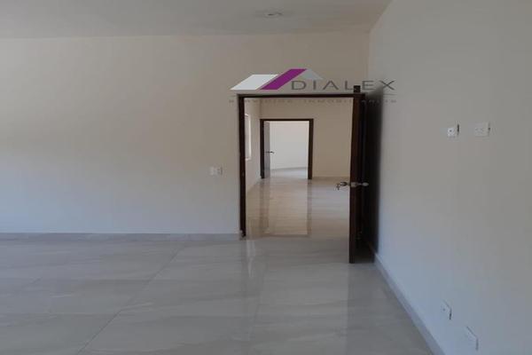 Foto de casa en venta en  , san pedro, santiago, nuevo león, 20297472 No. 05