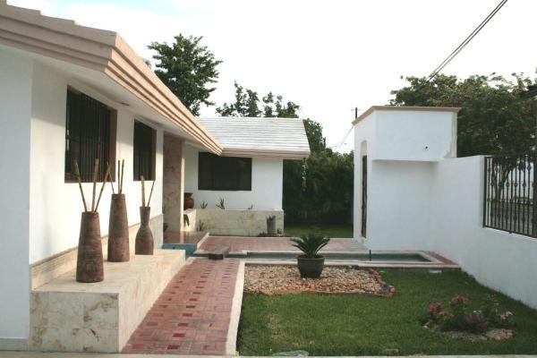 Foto de casa en venta en  , san ramon norte, mérida, yucatán, 14028251 No. 02