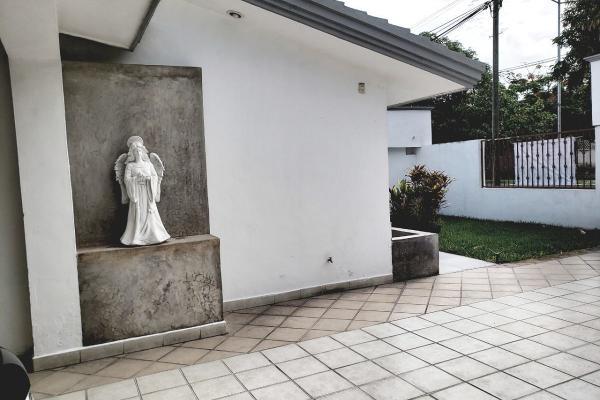 Foto de casa en venta en  , san ramon norte, mérida, yucatán, 14028251 No. 04