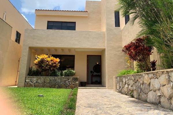 Foto de casa en venta en  , san ramon norte i, mérida, yucatán, 15899040 No. 02