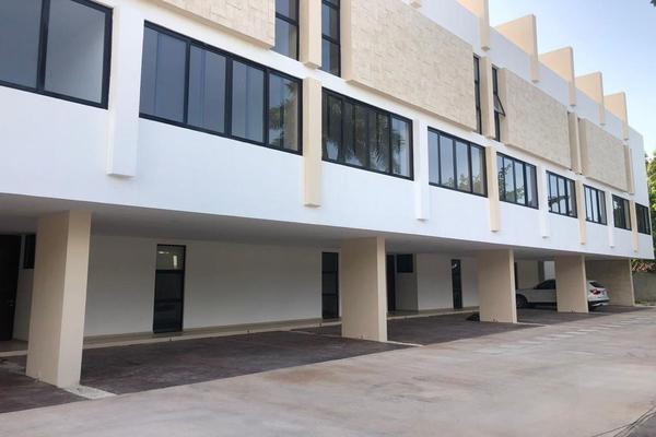 Foto de casa en venta en  , san ramon norte i, mérida, yucatán, 15904879 No. 02