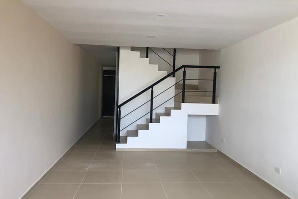 Foto de casa en venta en  , san ramon norte i, mérida, yucatán, 15904879 No. 03