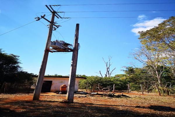 Foto de terreno habitacional en venta en  , santa elena, santa elena, yucatán, 8321921 No. 01