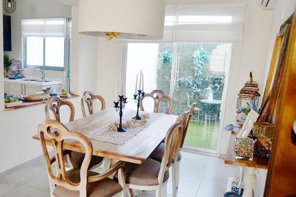 Foto de casa en venta en  , santa fe, guanajuato, guanajuato, 0 No. 01