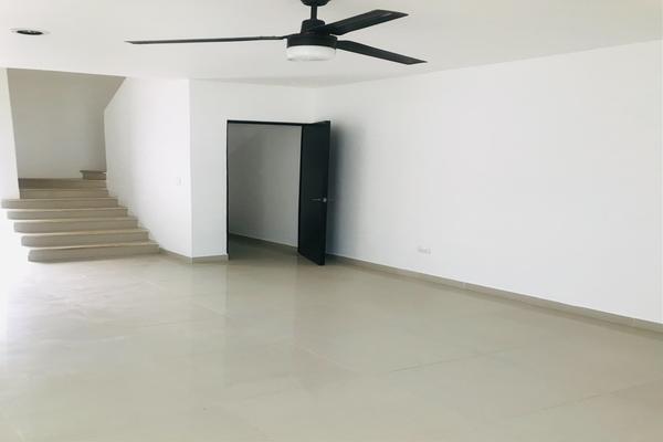Foto de casa en venta en  , santa gertrudis copo, mérida, yucatán, 20963380 No. 02
