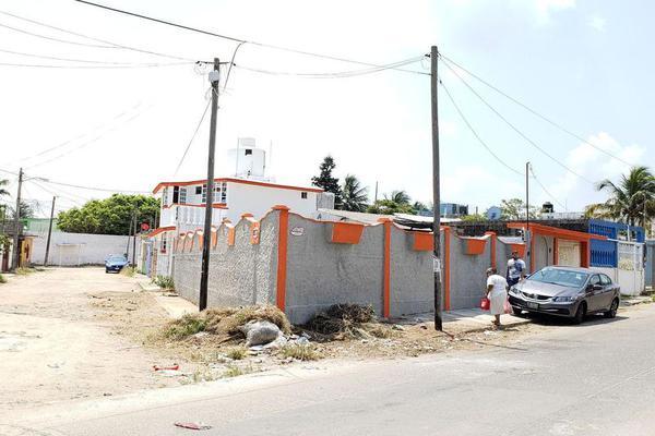 Foto de casa en venta en  , santa isabel i, coatzacoalcos, veracruz de ignacio de la llave, 8071010 No. 02