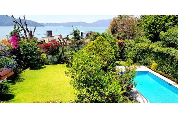 Foto de casa en venta en  , santa maría ahuacatlan, valle de bravo, méxico, 8413886 No. 01