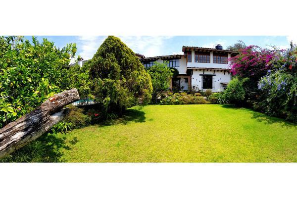 Foto de casa en venta en  , santa maría ahuacatlan, valle de bravo, méxico, 8413886 No. 02