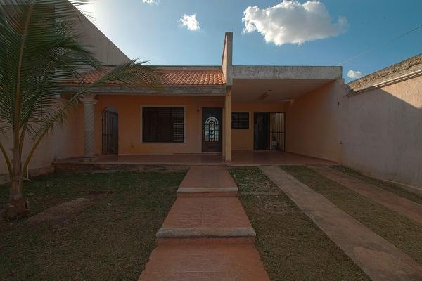 Foto de casa en venta en  , santa maria chi, mérida, yucatán, 14028400 No. 01