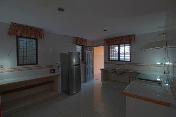 Foto de casa en venta en  , santa maria chi, mérida, yucatán, 14028400 No. 04