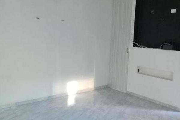 Foto de casa en venta en  , santa maria, mérida, yucatán, 7974646 No. 02