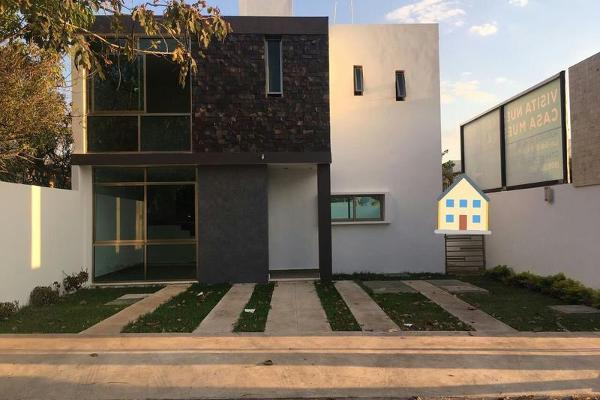Foto de casa en venta en  , santa maria, mérida, yucatán, 8094915 No. 01