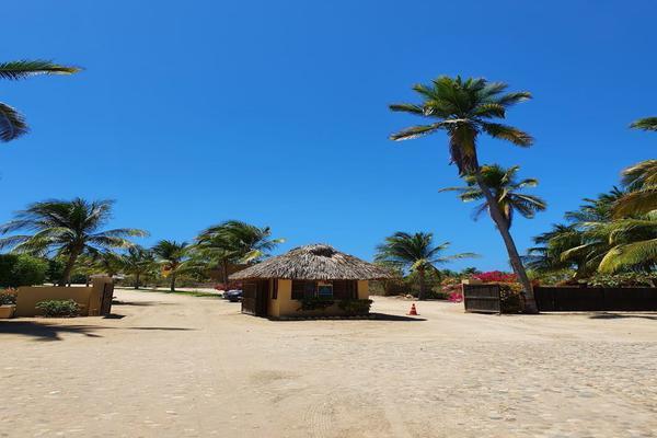 Foto de terreno habitacional en venta en  , santa maria, santa maría colotepec, oaxaca, 19702153 No. 01