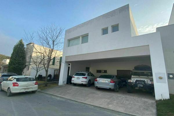 Foto de casa en venta en  , santa rosalía, santiago, nuevo león, 0 No. 01