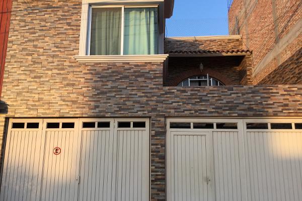 Foto de casa en venta en santiago atitlán , fraternidad de santiago, querétaro, querétaro, 8266917 No. 01
