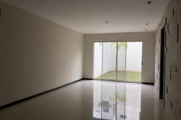 Foto de casa en venta en  , santiago centro, santiago, nuevo león, 3147094 No. 02