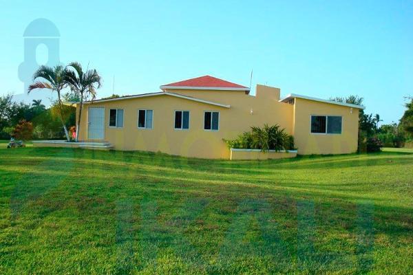 Foto de casa en venta en  , santiago de la peña, tuxpan, veracruz de ignacio de la llave, 6172496 No. 01