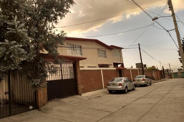 Foto de casa en venta en  , santiago tlacotepec, toluca, méxico, 7918431 No. 02