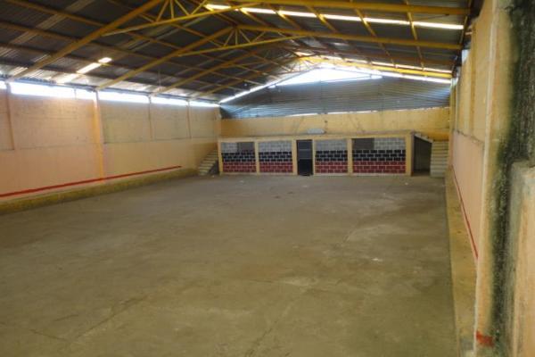 Foto de bodega en venta en  , santiago undameo, morelia, michoacán de ocampo, 12273740 No. 02