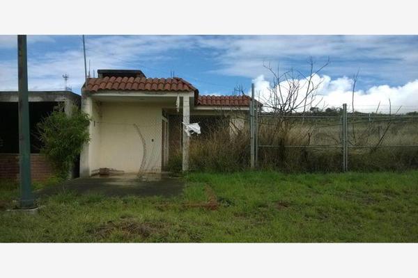 Foto de terreno habitacional en venta en  , santiago undameo, morelia, michoacán de ocampo, 5396100 No. 01