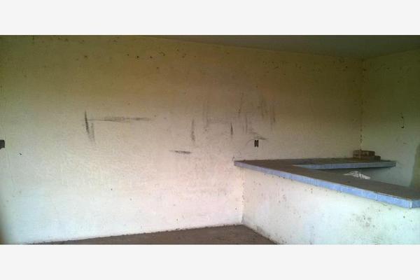 Foto de terreno habitacional en venta en  , santiago undameo, morelia, michoacán de ocampo, 5396100 No. 02