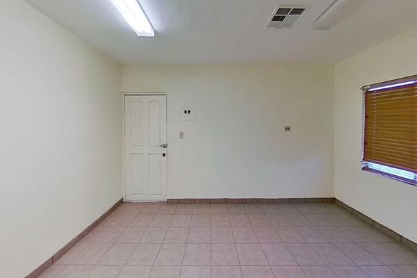 Foto de local en renta en  , segunda sección, mexicali, baja california, 20123513 No. 01