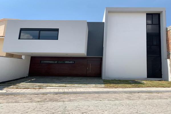 Foto de casa en venta en sendero del manantial , milenio iii fase a, querétaro, querétaro, 14037255 No. 01